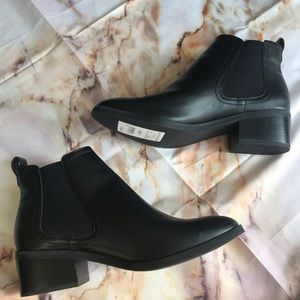 🆕 Abound Cyan Chelsea Black Boots faux leather